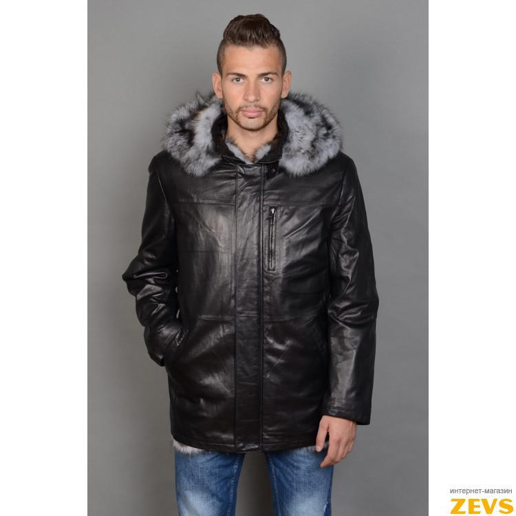 Мужская кожаная куртка с капюшоном на меху волка